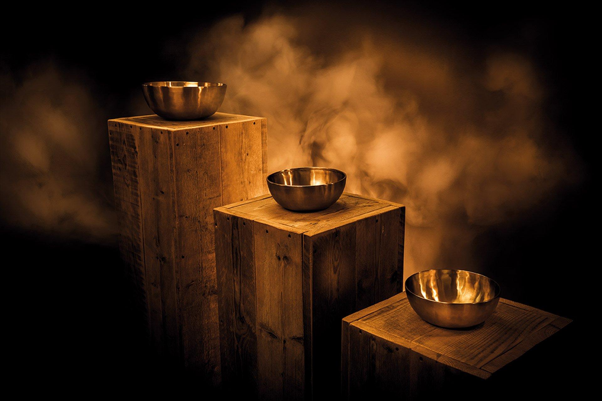 Origin of the singing bowl